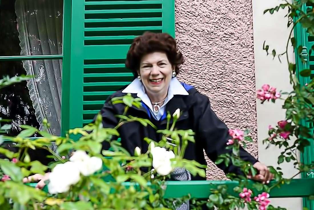 Dra. Carmen Alicia Morales
